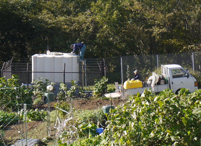 給水桶の定期清掃
